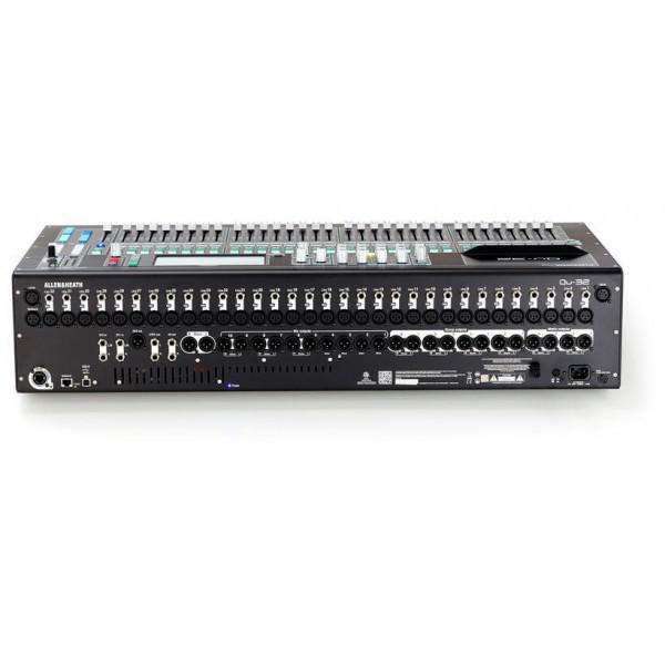 Mixer Digital Allen & Heath Qu-32 Chrome - Mixer Digital Allen & Heath Qu-32 Chrome