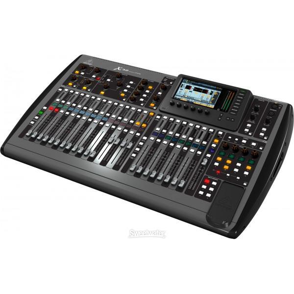 Mixer Behringer X32 - Mixer Behringer X32