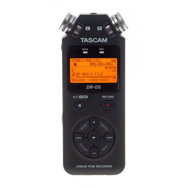 Tascam DR-05 16 GB Bundle - Tascam DR-05 16 GB Bundle